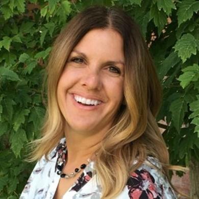 Nicole Larsen